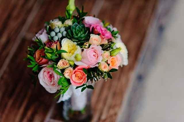 Aranjament cu Trandafiri
